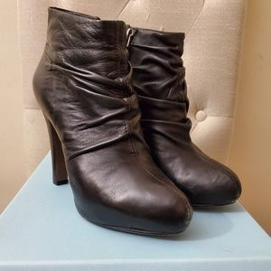 Cynthia Rowley Black ankle booties